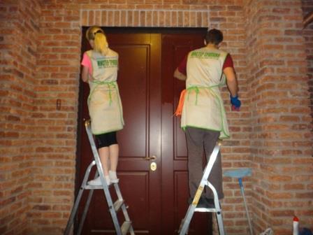мойка входной двери